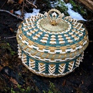 Ann Mitchell, basket maker, basketry, workshops, Indigenous Artist, First Nations, Indigenous Arts Collective of Canada, Pass The Feather