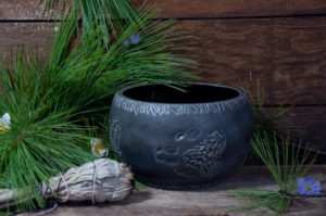 Marleen Murphy, Millside Ceramics, ceramics, candles, Indigenous Artist, First Nations, Indigenous Arts Collective of Canada, Pass The Feather