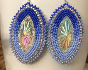 Kasenniyostah Lauren Williams, reader, beadwork, jewelry, Indigenous Artist, First Nations, Indigenous Arts Collective of Canada, Pass The Feather