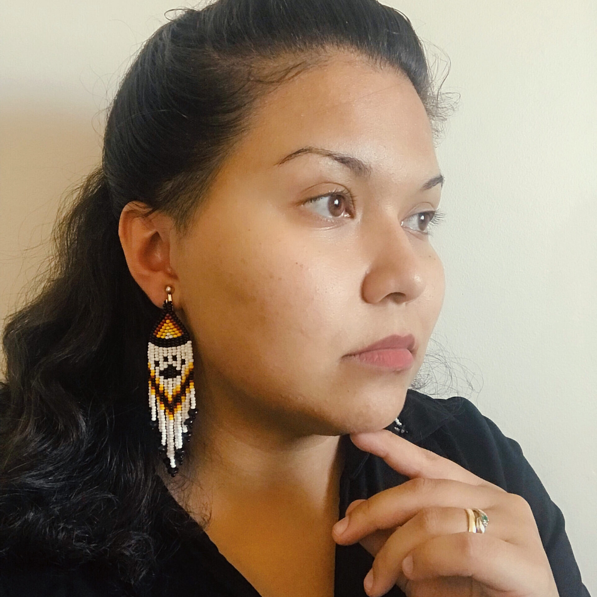 Candice Tugby, beadwork, jewelry, Indigenous Artist, First Nations, Indigenous Arts Collective of Canada, Pass The Feather