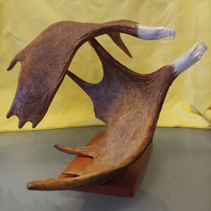 Dave Farnham, sculptor, Indigenous Artist, First Nations, Indigenous Arts Collective of Canada, Pass The Feather