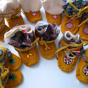 Linda Koosees, facillitator, workshops, leatherwork, beadwork, dreamcatchers, moccasins, Indigenous Artist, First Nations, Indigenous Arts Collective of Canada, Pass The Feather