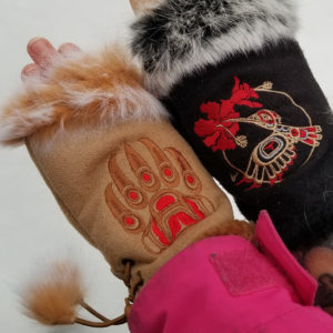 Sherryl Maglione-Mclean, Robert McLean, Dunes Relaxed Fashions Manitoba, gift shop, apparel & clothing, beadwork, fabric, jewelry, bags & wallets, moccasins, mugs, stationary, vendor, Indigenous Artists, First Nations, Indigenous Arts Collective of Canada, Pass The Feather