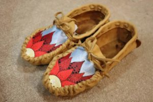 Leigha Turner, beadwork, beader, featherwork, leatherwork, dreamcatchers, moccasins, lanyards, jewelry maker, jewelry, Indigenous Artist, First Nations, Indigenous Arts Collective of Canada, Pass The Feather