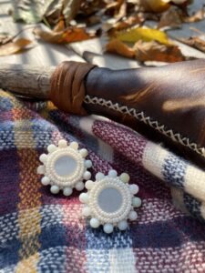 Ashley Lacourciere, beader, beadwork, Indigenous Artist, First Nations, Indigenous Arts Collective of Canada, Pass The Feather