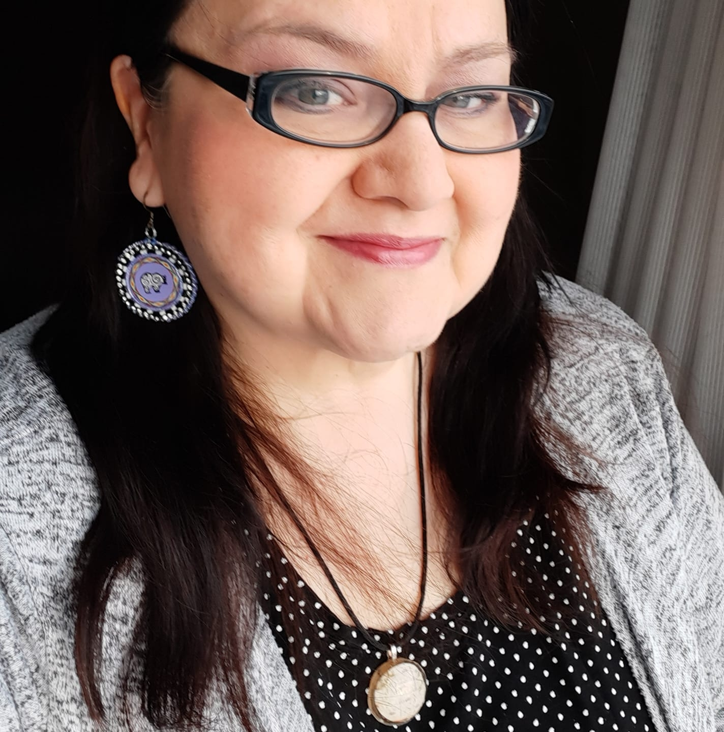 Judith Keesic, Resin Art, Beadwork Jewelry, Earrings, Necklaces, ornaments, Rings, bracelets, Indigenous Artist, First Nations, Indigenous Arts Collective of Canada, Pass The Feather