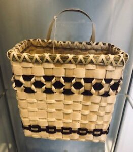 Debbie Cook-Jacobs, baskets, basket maker, black ash, sweetgrass, Indigenous Artist, First Nations, Indigenous Arts Collective of Canada, Pass The Feather